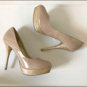 Steve Madden Nude Pumps w Gold Glitter Heel P-Reta